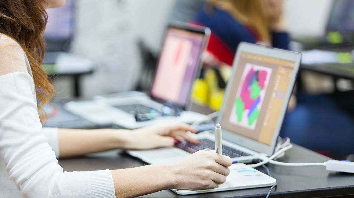 bachelor design graphique multimedia : formation graphiste