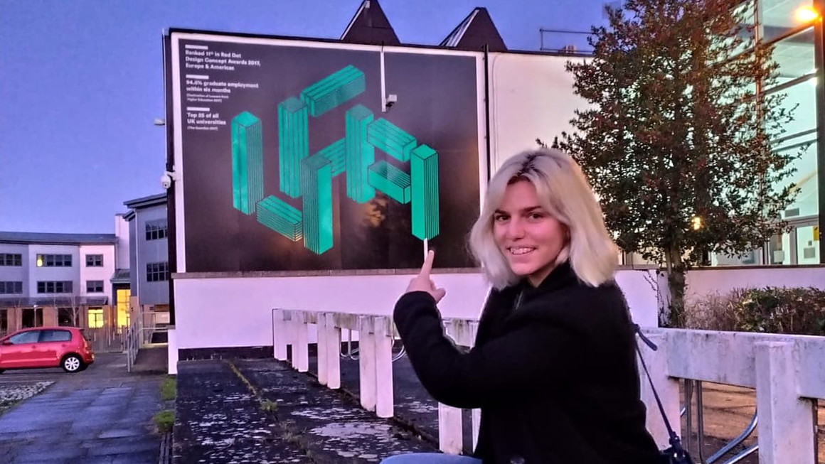 Salomé est partie étudier le Design Graphique à UCA - University of Creative Arts à Farnham en Angleterre