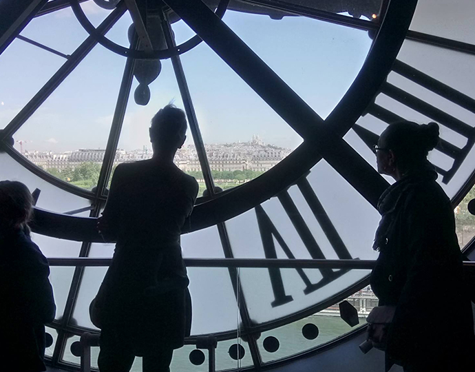 étudiants de l'école Brassart Tours en visite au Grand Palais